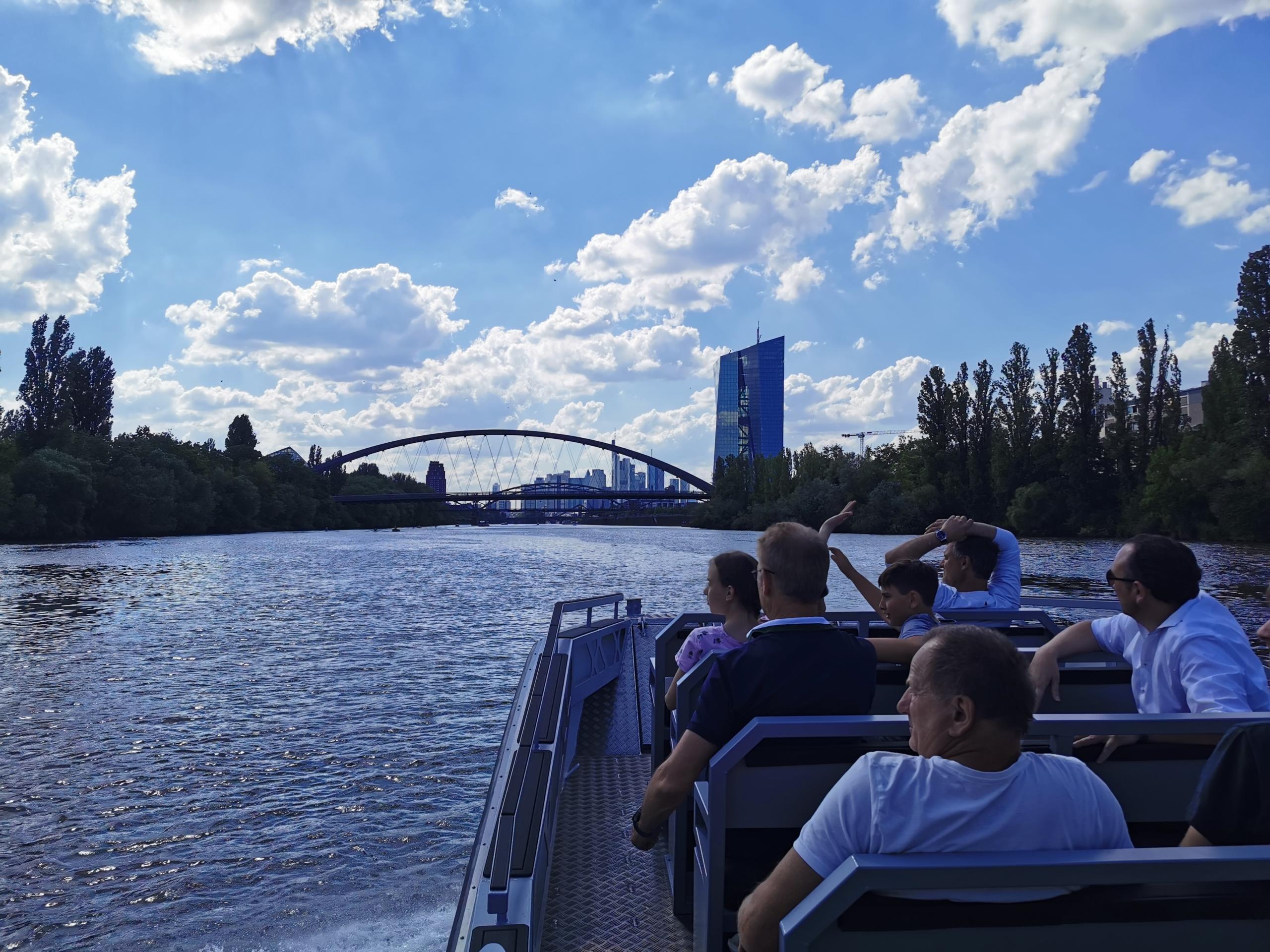 River Boat Frankfurt